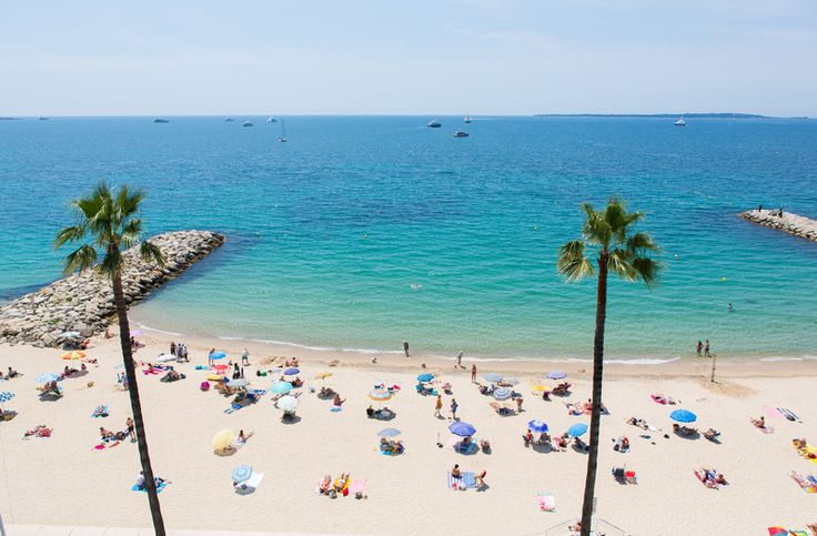 Antibes, France // One of Airbnb Top 5 European Beach Destinations
