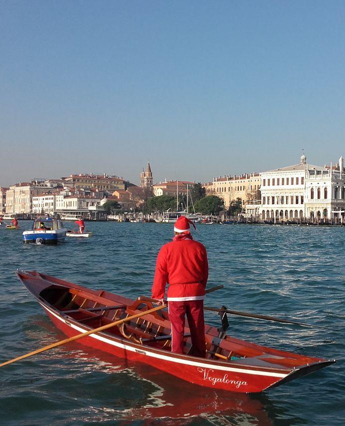 ehi #SantaClaus, do you want to hear my #Christmas wish?