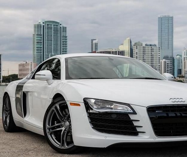 Is it time we Audi showed us a new super car to follow on from the insanely cool #R8? Maybe, but for now let's enjoy the R8 in all of it's glory!  http://www.ebay.com/itm/Audi-R8-2011-Audi-R8-4-2-/321376605620?forcerrptr=true&hash=item4ad389d5b4&item=321376605620&pt=US_Cars_Trucks?roken2=ta.p3hwzkq71.bsports-cars-we-love