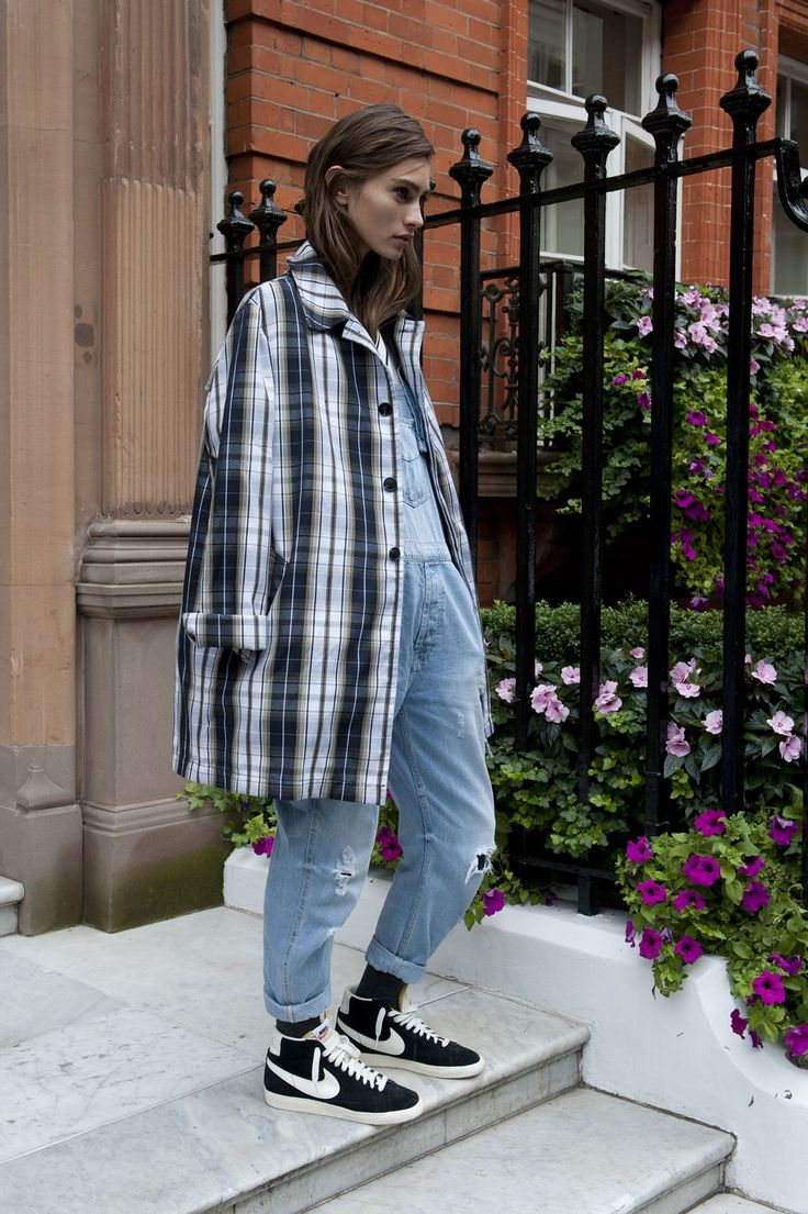 London Fashion Week Spring 2014 Models Pictures - StyleBistro / love the plaid coat
