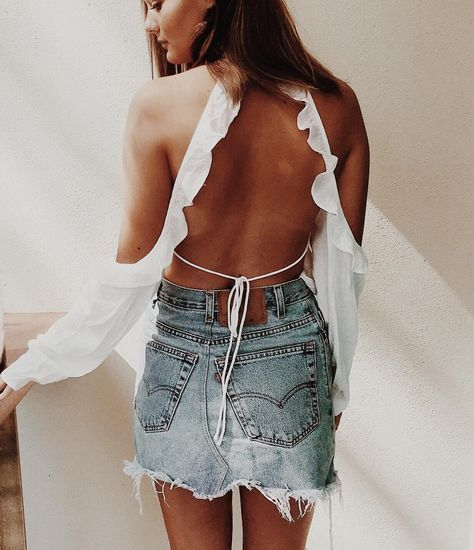 Boho summer style, backless top, cute summer outfit ideas, festival outfit ideas,
