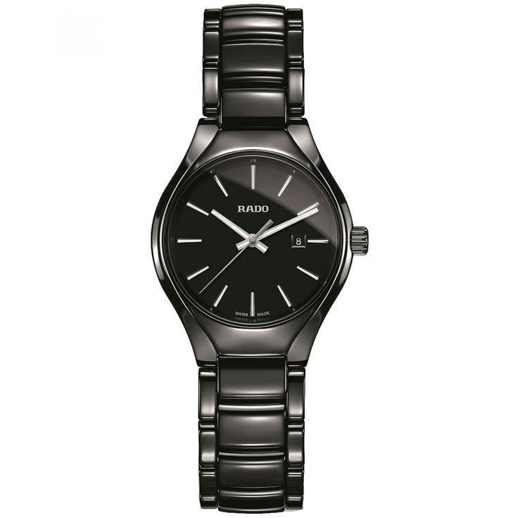 Reloj Rado de caja bisel y extensible tipo brazalete en cerámica color negro; carátula a tono con manecillas e indicadores luminiscentes; nombre de la marca.