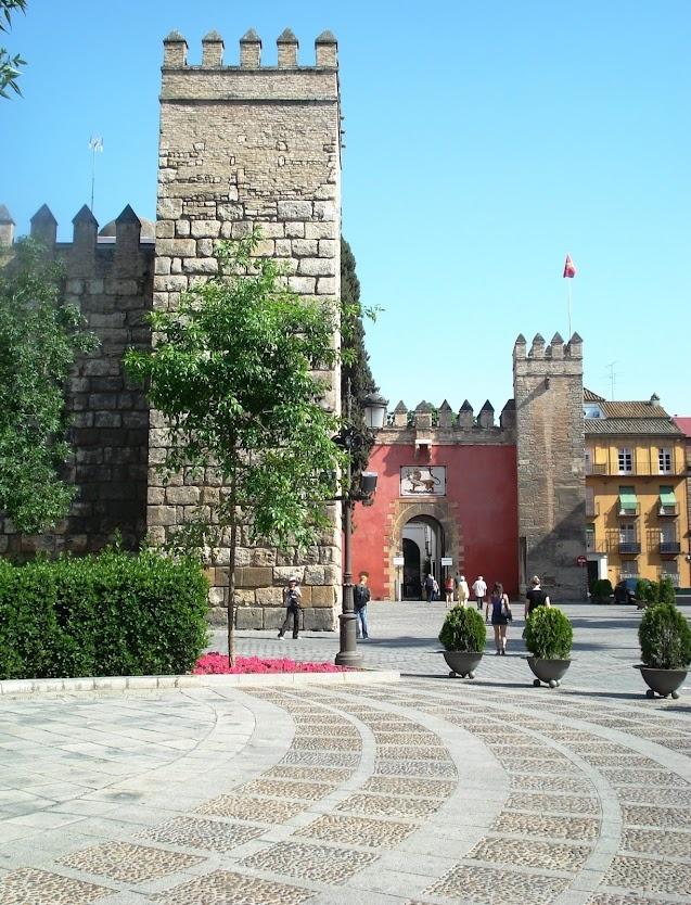Plaza del Triunfo Seville