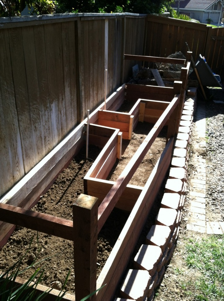 X Raised Garden Bed