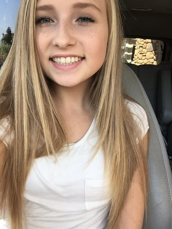 Jenna from seven super girls on youtub. Check her out she is my favorite and her hair. Soooooooooooo pretty I love her
