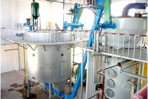 Sunflower seed oil extraction plant 1  Processing raw
