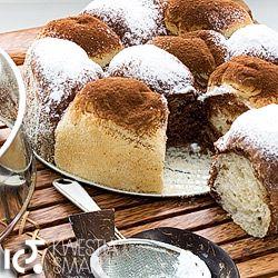 Szachownica drożdżówa. Proste ciasto drożdżowe, z niewielką ilością cukru i masła. Lekkie jak puch.