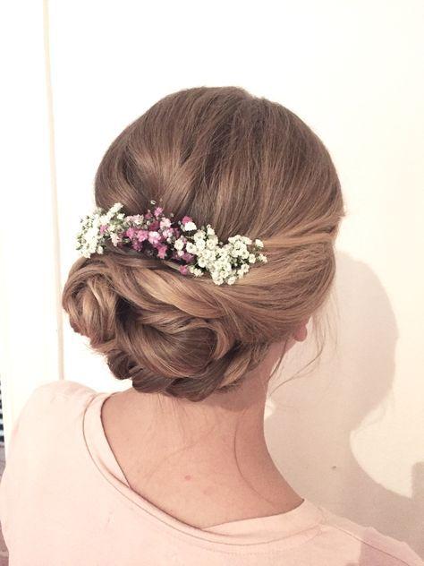 Brautfrisur mit schleierkraut Bridalhair weddinghair