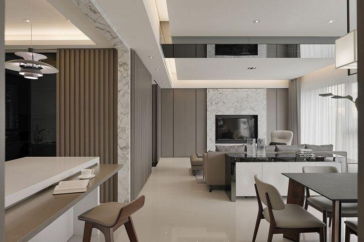 Wohnzimmer mit Wohnwand aus Marmor und Dreisitzer Sofa