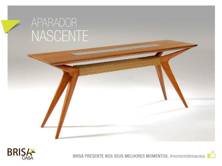 APARADOR NASCENTE - Peça em madeira de demolição, fibra natural e vidro. #momentobrisacasa