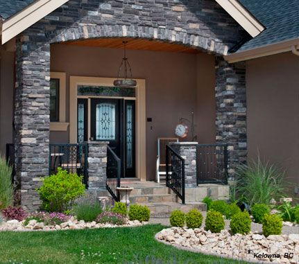 Cultured Stone Black Rundle Country Ledgestone Residential Exterior Entrance Arch Project View