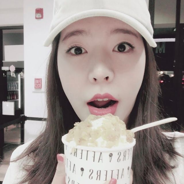 Check out the cute and funny posts from SNSD's Sunny