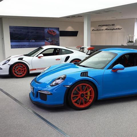 And here it is! A PTS Riviera Blue 991 GT3 RS with Porsche Exclusive Lava Orange wheels and other highlights! The White RS also has similar Lava Orange highlights throughout! More shots to come from Zuffenhausen! : @baastiii | Follow @ptsrs and join the #PTSRS movement for the latest on the newest #painttosample Porsche 991 GT3 RS's! | #porsche #911 #991 #porsche911 #porsche991 #porsche911gt3 #porsche991gt3 #porsche911gt3rs #porsche991gt3rs #gt3 #gt3rs #911gt3 #991gt3 #911gt3rs #991gt3rs…