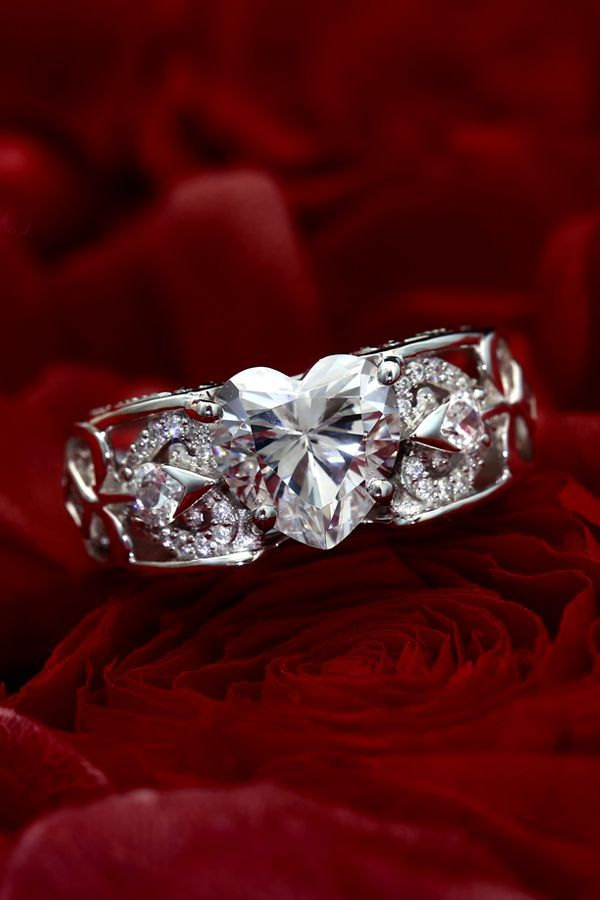 Womens Fashion Buckle Style Band Ring Red Ruby White Zircon 1ctw Sterling Silver