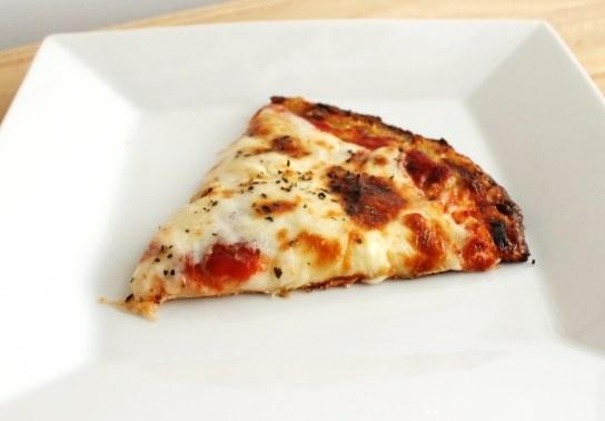 Cauliflower crust, low carb pizza