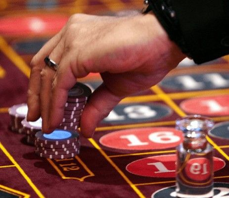restless leg syndrome treatment and gambling