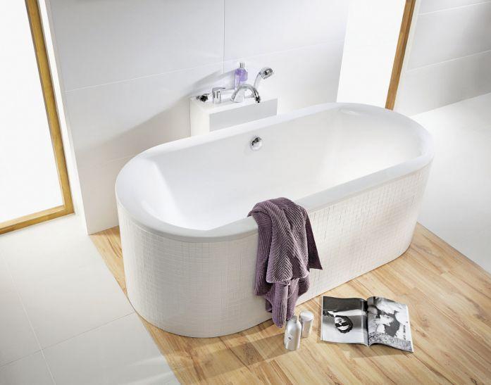 CLARISSA, wanna akrylowa, którą postawimy też na środku, od 2243 zł netto, KOŁO. #lazienka #toaleta #inspiracje #wnetrza #dom #kran #słuchawka #łazienki #kabina #wanna #mieszkanie #willa #projektowanie #architektura #design #interior #bath #shower #bathroom #inspiration #ideas #white #modern #2018 #glamour #style
