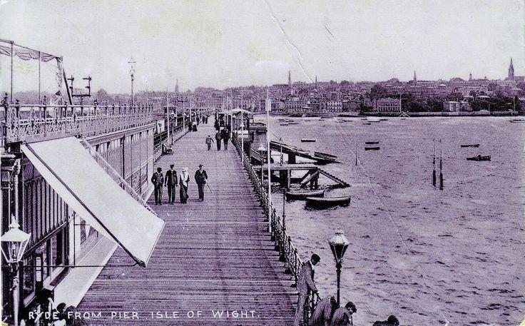 Ryde 1911 Ryde pier (c) Simonds Archive, Seaview