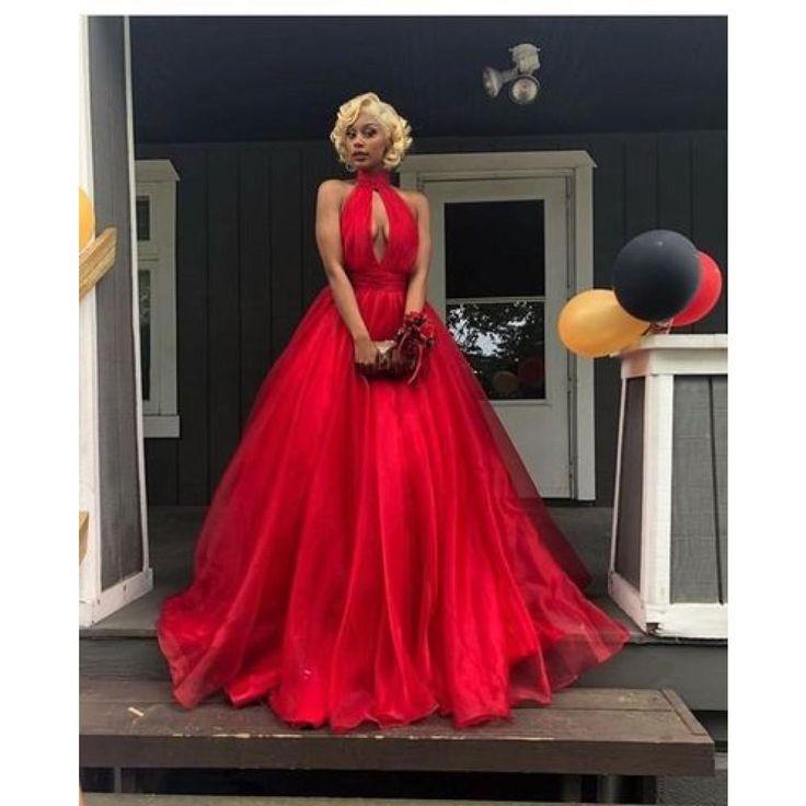 Elegante rote Halfter Organza rückenfrei vorne offen Ballkleid Abendkleid