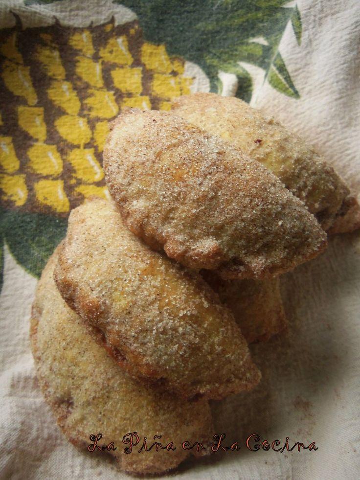 Empanadas de Piña-Pineapple Handpies