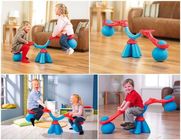 Sube y Baja Diseñado para niños de 2-5 años de edad, su niño no dejará de divertirse mientras sube y baja y al mismo tiempo puede girar 360 grados saltando . Ideal para uso en interiores y al aire libre.