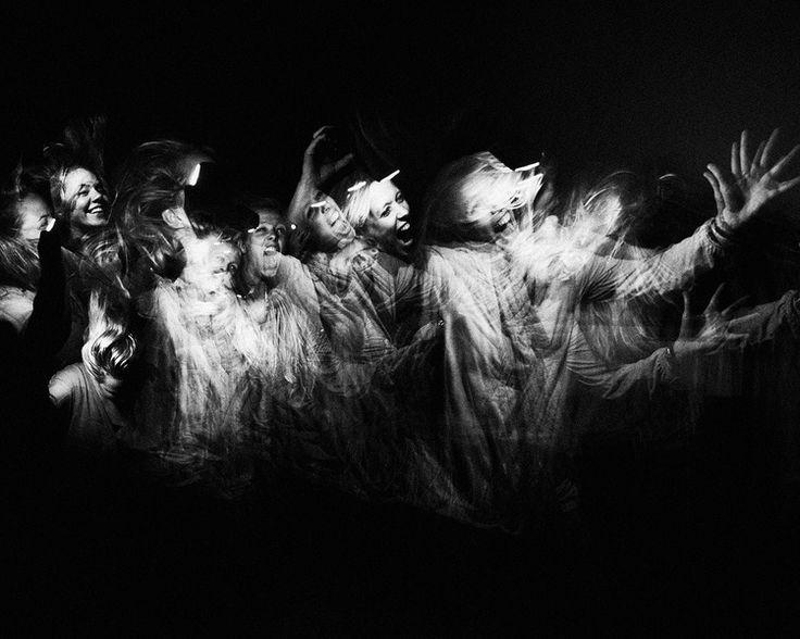 Studiofotografie zwart-wit geesten flitsen Eindhoven. Foto door Marijke Krekels fotografie