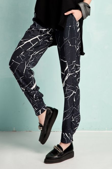 Marble print tapered pants