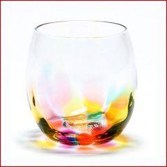 これ欲しい虹色カラーがめちゃくちゃキレイなグラス  佐賀県の副島硝子工業というところで職人さんが作っているグラスで年くらい前に販売を始めてからたちまち人気が出て今や会社を代表する定番商品になってるらしいです  光があたるとグラスの虹色がテーブルに映りこんで綺麗 中に飲み物を入れるとまた違った色あいを楽しめるんだとか   写真のグラスの他にタンブラー型やジョッキ型もあるみたい 引出物やプレゼントに喜ばれそうですよね 通販で購入もできますよ   副島硝子工業株式会社肥前びーどろ http://ift.tt/2dTrxz3 tags[佐賀県]