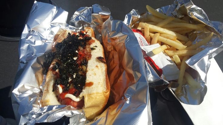 It's food truck Tuesday's! Come join me as we take a dive into hot dog finesse at it's best!  http://liveactioneating.com/2015/03/24/ill-drive-thru-rain-and-smog-for-my-road-dog/ #liveactioneating #hotdogs