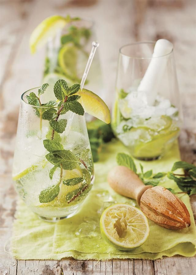 How to make a mint Mojito | Maak jou eie kruisement-Mojito #drinks #mint