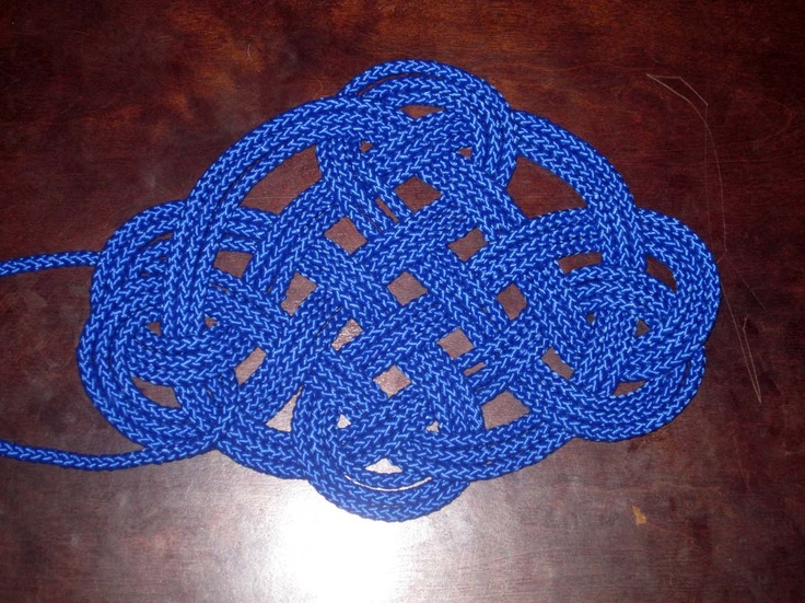 Three Pass Kringle Mat Tied With One Strand Of 1 4 Inch