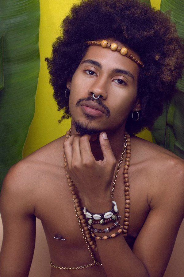 #Natural #Hair Funky #Afro Hair style Pinterest:@keraavlon Aleff Bernardes