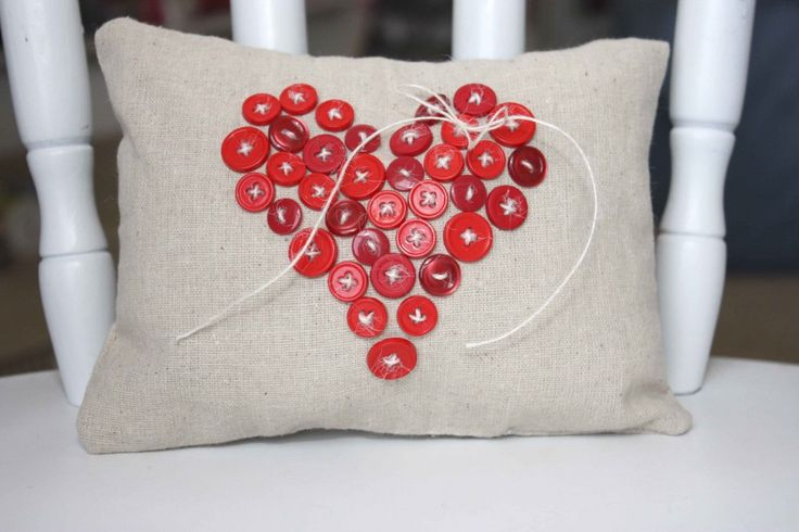 Cute Pillow Crafts : 20 More Valentines Day Heart Craft Ideas Tutorials, Cute pillows and Buttons