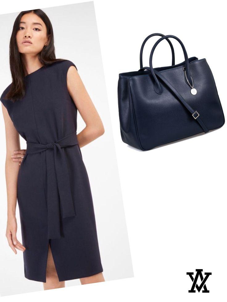 Italian leather bags code: MILANO GRANDE blue shoponline: www.adelevivian.com