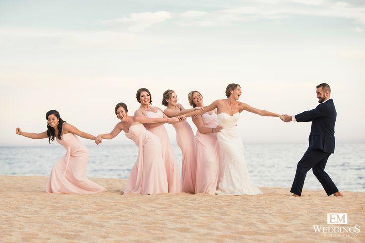 Beautiful moments at Riu palace, Los Cabos. #emweddingsphotography #destinationwedding