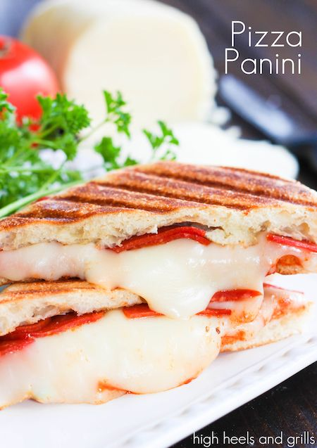 Easy Pizza Panini recipe for dinner or lunch. http://www.highheelsandgrills.com/2014/04/pizza-panini.html   GOOD