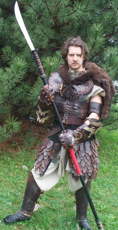 Stolen pieces of armor covered his clothes, with a wolf he killed himself as the mantle. His skill with a glaive was matched only by his hatred of the legion, and for that the group accepted him as one of their own.