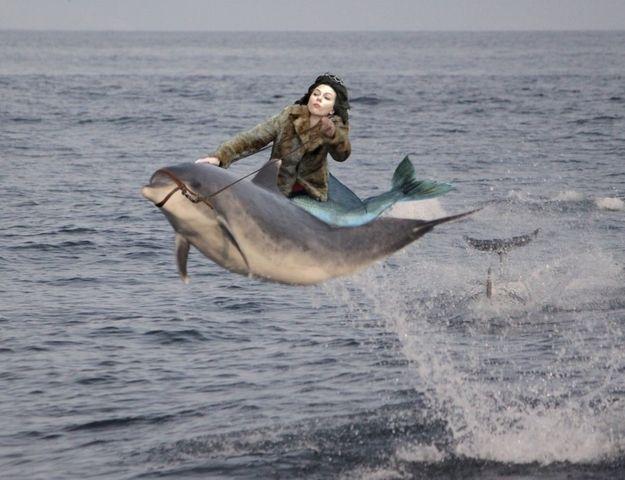 Scarlett Johansson is pretty and funny when she falls down.