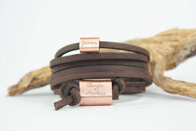 ❤ FOREVER ❤  Dieses mehrfach gewickelte Armband aus gegerbtem Leder ist von mir eine liebevolle individuelle Einzelanfertigung.  Auf eine große und eine kleine gebürstete massive Kupferperle...