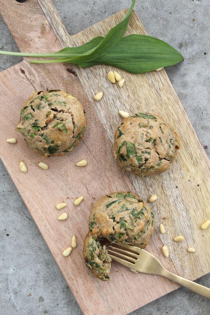 Rezept: Bärlauch-Muffins mit Pinienkernen {Clean Eating}