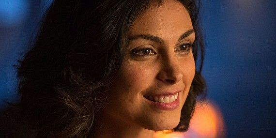 Dr Leslie Thompkins potrayed by Morena Bacarrin