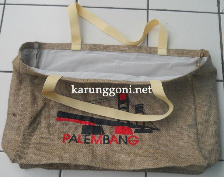 http://karunggoni.net/wp-content/uploads/2015/05/Tas-Paembang-2.jpg
