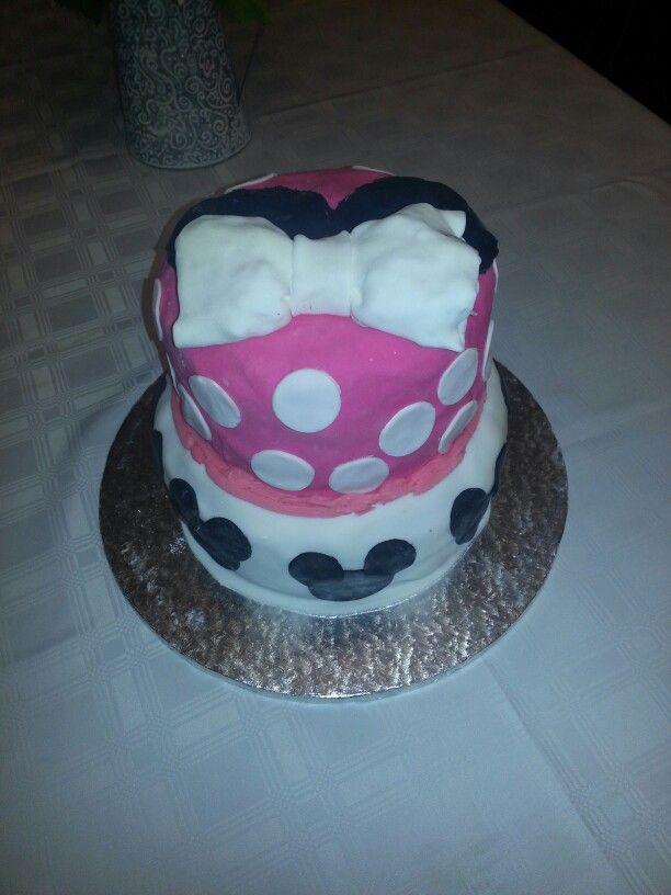 Miney mouse cake