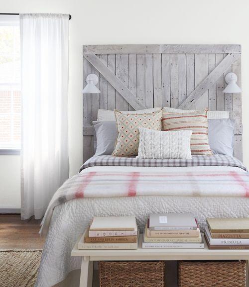 Contraste respaldo cama y pared