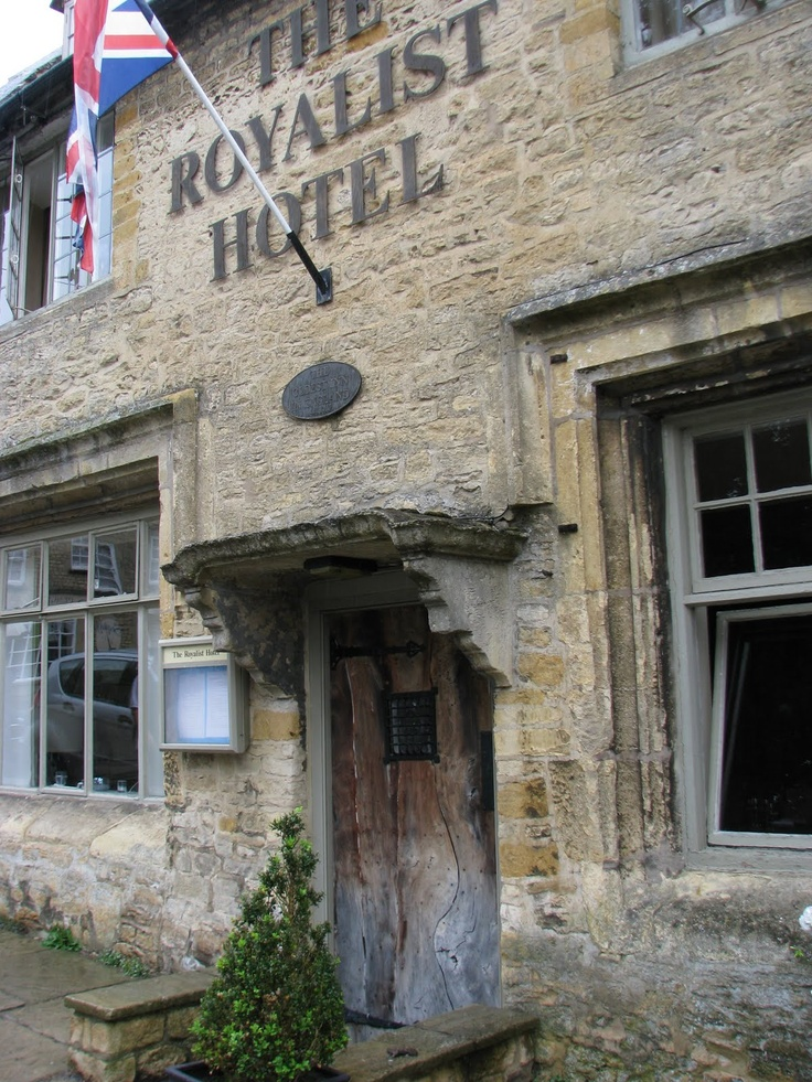 The Royalist Hotel, which dates back to 947 A.D., Stow-on-the-Wold, Cotswolds