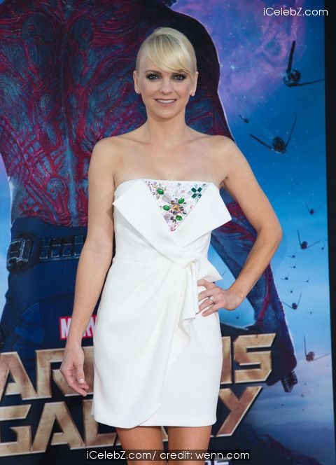Anna Faris 'Guardians Of The Galaxy' Marvel Premier at the Dolby Theatre in Hollywood http://icelebz.com/events/_guardians_of_the_galaxy_marvel_premier_at_the_dolby_theatre_in_hollywood/photo3.html