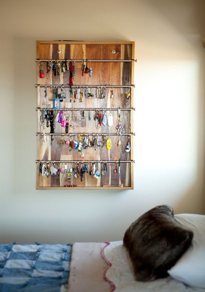 How to display your keychain collection! I wish I knew about this when I was a kid!