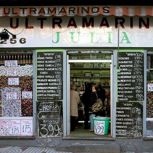 Ultramarinos Julia