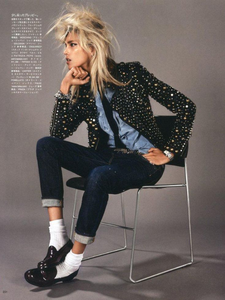 denim shirt + tie + sequin  blazer + skinny dark rinse denim + loafers. love the funky hair as well. rock meets prep