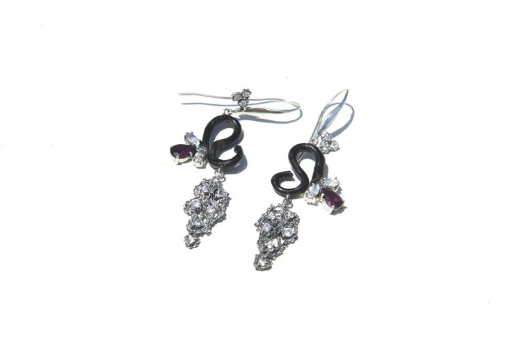 "#jewelry #jewellery Earrings ""Hetaera"". Black coral. Sterling silver. Moonstones. Rhodolites. CZ. By Donna Yolka"
